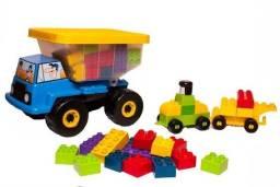 Caminhão funny blocks truck