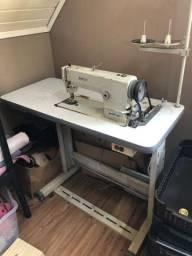 Máquina de costura reta brother em perfeito estado - completa (com mesa) modelo db2b755