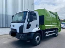 Ford Cargo 1723 Compactador - 2015 (Parcelo)