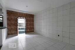 Título do anúncio: Casa para venda possui 60 metros quadrados com 2 quartos em São Caetano - Salvador - BA
