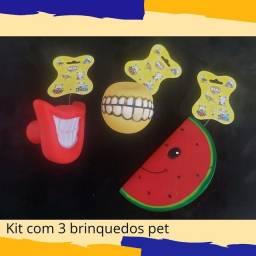Kit com 3 brinquedos para pet