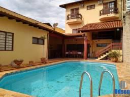 Título do anúncio: Casa para Venda em Bauru, Jd. America, 4 dormitórios, 4 suítes, 6 banheiros, 3 vagas