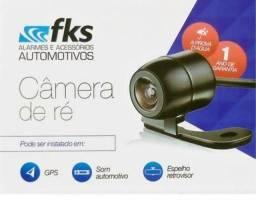 Câmera de ré e sensor de estacionamento