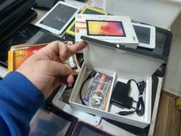 Título do anúncio: Tablets para retirara peças 1 bloqueado 1 sem touch e 1 funcionando LEIA
