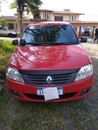 Logan Sedan 2011-1.6 8 V Expression-Raro estado!