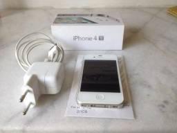 IPhone 4S 16 G muito novo!!