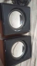 2 caixinhas de som 40 watts de potência