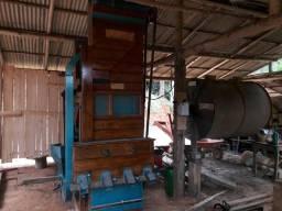 Maquina de pilar cafe Nogueira