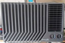 Ar condicionado 12500btus Frio/ Quente 3x sem juros