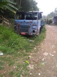 Um caminhão FMN
