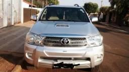 Toyota Hilux sw4 diesel 7 lugares - 2009