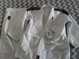 Kimono Shiroi de Judô (semi novo)