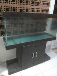 Vendo belíssimo aquário de 200 litros, com móvel e duas bombas