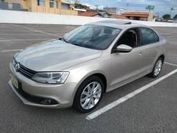 Vw - Volkswagen Jetta aut* teto - 2013