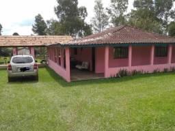Ótima chácara para lazer em Guaragi!!!