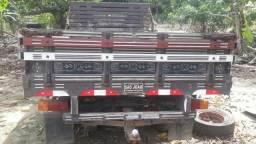 Vende-se carroçeria camionete