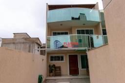 Linda casa Triplex 3 quartos e churrasqueira proximo a Rodovia Jardim Bela Vista
