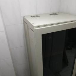 Usado, Rack servidor de piso comprar usado  Porto Belo