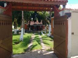 Chácara em Peruíbe, 6 dormits, aceito veiculo na negociação. ( M )