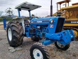 Trator agrícola Ford 6610