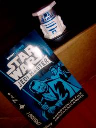 Abaton do R2D2 e mini livro de Star Wars