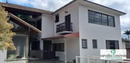 Título do anúncio: Casa com 5 dormitórios à venda, 458 m² por R$ 929.000,00 - Iucas - Teresópolis/RJ