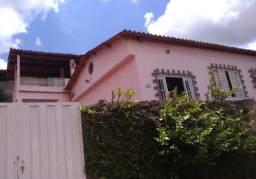 Vendo casa avaliada em R$ 170 mil pela metade do preço