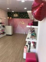 Título do anúncio: Vende-se loja maquiagem