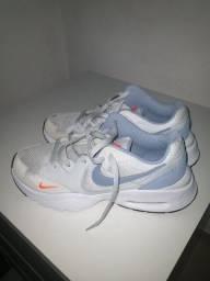 "Título do anúncio: Tênis Nike air max n""40 original"