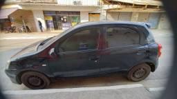 Título do anúncio: Vendo Etios Toyota ano 2013
