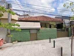Título do anúncio: Casa para venda possui 390 metros quadrados com 4 quartos em Praia do Canto - Vitória - ES
