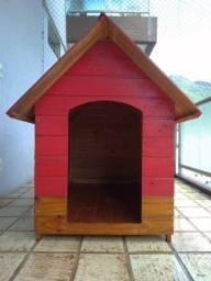 Casa de cachorro grande (1,06 alt x 0,69 lar x 1,00 prof)