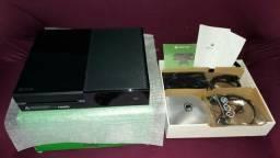 Xbox one semi novo! V/T. Leia o anúncio!