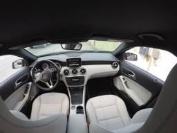 Mercedes A200 interior Branco Gelo - 2014