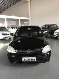 Corsa Sedan 1.8 100% financiado - 2006