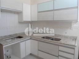 Casa à venda com 3 dormitórios em Cidade jardim, Uberlândia cod:25268