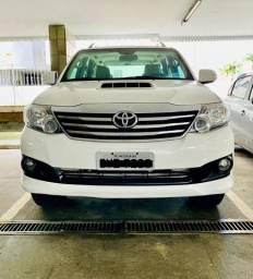 Toyota Hilux SW4 2015 - 2015