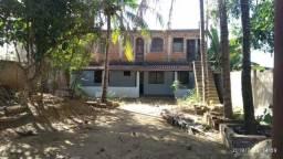 Casa em Ipatinga, 4 qts, 150 m², 3 vgs garagem, quintal. Valor 200 mil