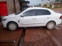 Vende carro Voyage - 2012