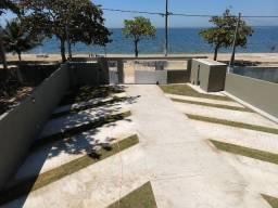 Lindo apartamento com fino acabamento, frontal a Lagoa em Praia Linda, pé na areia