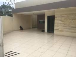 Alugo Casa no Tarumã com 3 quartos ,na rua do cetur, não paga luz
