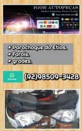 Parachoque e faróis do Etios..