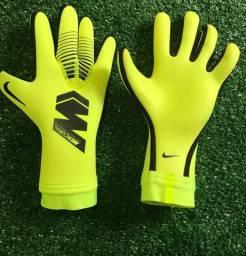 Luva Goleiro Nike GK Mercurial Touch Victory