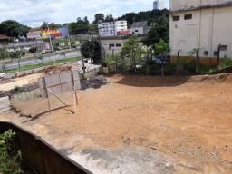 Vendo/Alugo excelente terreno na Avenida Expedito Garcia/Campo Grande
