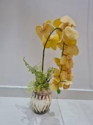 Título do anúncio: Arranjo Vaso amarelo