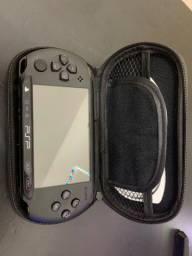 Título do anúncio: Console PSP série 2000/3000- preto