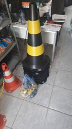 Cone Pvc 75cm amarelo e preto Novo.