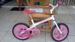 Bicicleta caloi criança