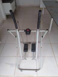 Aparelho de ginástica -  Simulador de Caminhada, Tubular metálico