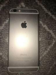 iPhone 6 dourado, 64GB, com algumas marcas. R$1.000,00